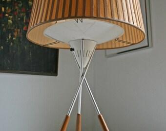 RARE vintage mid century Lightolier Gerald Thurston tripod table lamp