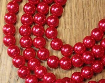 100 pearls round 8mm glass red renaissance B70