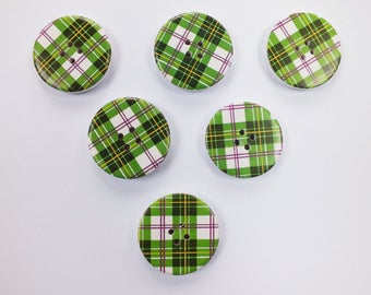SET of 6 wood buttons: round fancy 30mm (No. 01) pattern