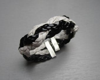 Braided bracelet in white and black leather