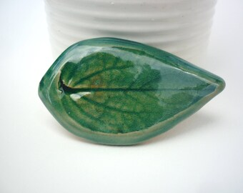 brooch nature green leaf ceramic water