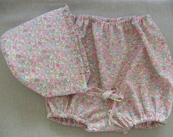Set LIBERTY Betsy Ann pink soft baby bonnet and bloomers