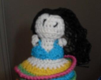 the finger puppet hand crochet handmade Tahitian dancer