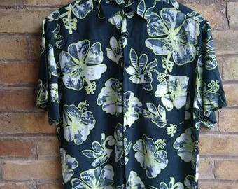 Vintage lime flower print shirt
