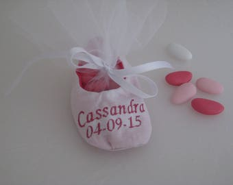 Bags of sweets in the shape of small embroidered Ballet shoe
