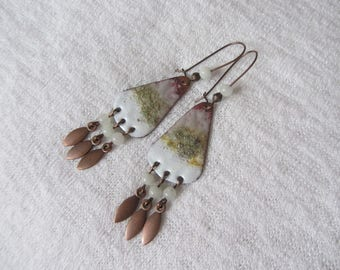 Earrings dangle boho chic copper enameled white, beige pink and celadon green, white jade beads, brass shuttle charms