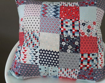 Cushion cover 40 x 40 cm geometric red and blue