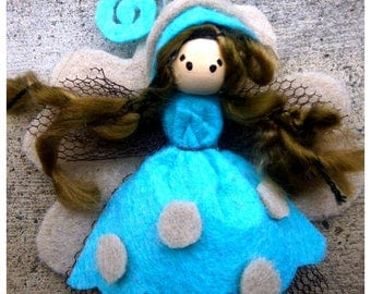 Magical, fairy with her fairy felt brooch / beige and blue