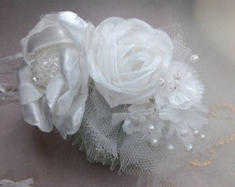 Bridal white flower hair comb