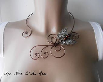 IRIS necklace with chocolate aluminum wire