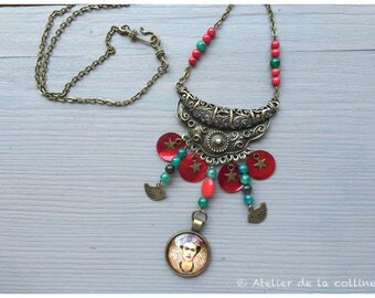 Frida Kahlo bib coral and agate necklace