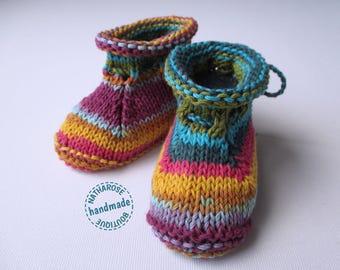 Chaussons bébé multicolores en coton