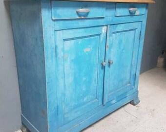 Old brocante Cabinet