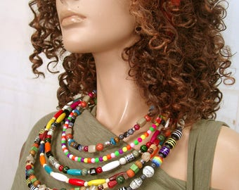 MANDILO ethnic bib necklace