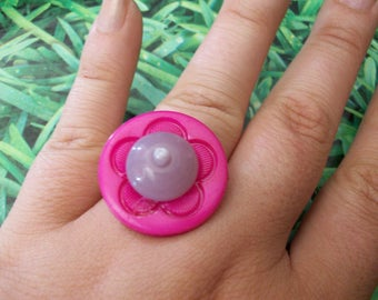 ring pink and purple buttons