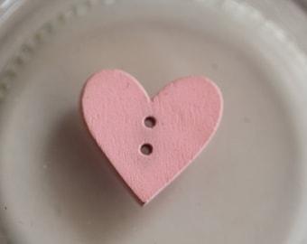 Buttons wood pink heart