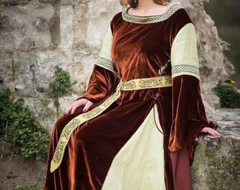 Medieval dress, historical or elven dress in silk velvet and linen