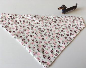 Pink & berry small flower print bandana
