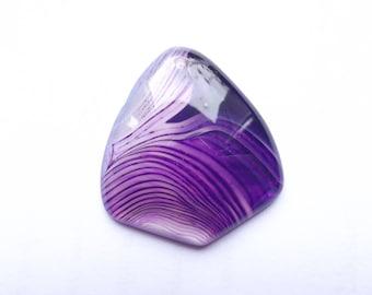 MIM-409 kite shape dyed agate pendant