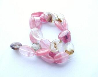 """""""strawberry quartz"""" glass 22 flat oval beads 13 x 18 mm ZOE 788"""