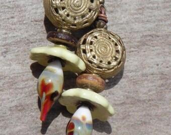 Earrings small flower from Africa