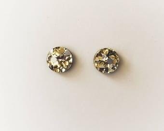 15mm Gold Lux Glitter Round Stud Earrings