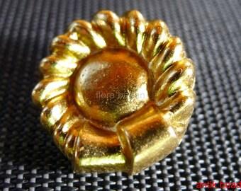 12 vintage buttons metal