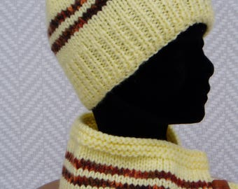 "Hat + scarf ""Back to school"" yellow wool hand knitted"