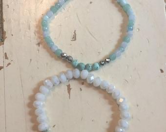 Set of 2 White/aqua bracelets
