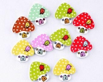Set of 10 wooden mushroom house bird buttons