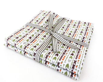 Set of 2 fabric printed coupons arrows 50/50 cm vintage style, geometric