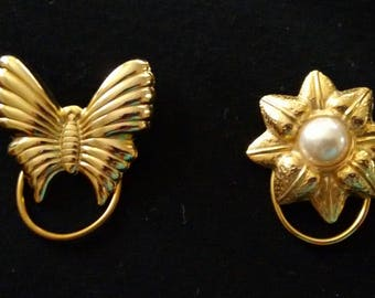 Scarf clips gold tone