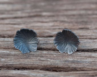 Oxidized silver earrings, stud earrings, flower earrings, organic earrings, handmade jewelry, hammered texture, gift for woman,