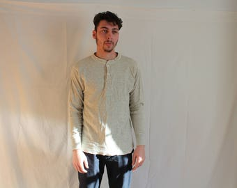 25% off!! wool Henley