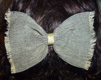 Large barrette made of cotton fabric