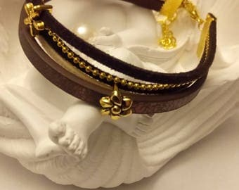 Brown cuff and Golden pearls pink(Roses)