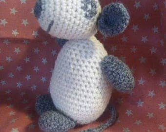 Cuddly mouse made by crochet.
