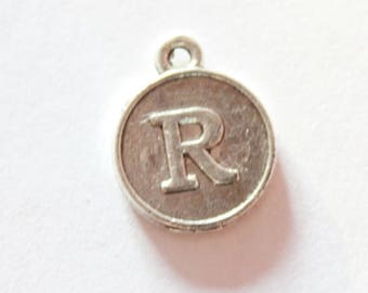 Silver metal charm, letter R, around 15 * 12 * 2 mm