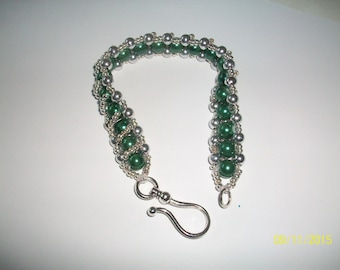 Green and silver glass pearl bracelet