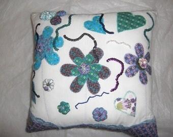 Elodie cushion