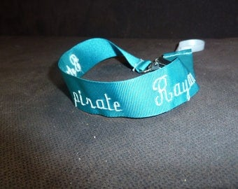 Personalized pacifier clip with the name
