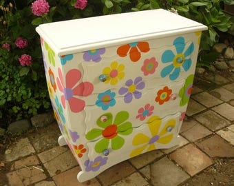 Chest of drawers 3 drawers vintage decor