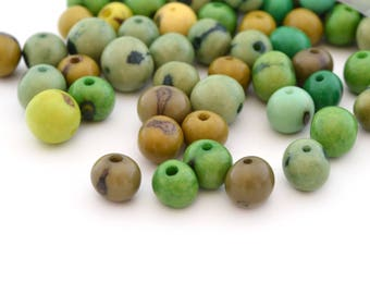 Mix 10 green round beads 6-10mm Acai seeds