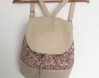 Backpack/floral beige leatherette