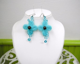 Earrings turquoise and chocolate yarn and beads