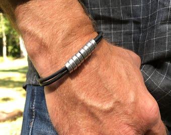 Recycled Aluminum Closed Twist Leather Bracelet
