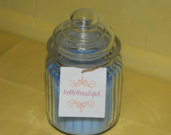 HelloBeautiful Clean Linen Scneted Candle