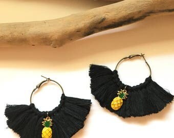 Elegant hoops & Black tassels. Large earrings, tassel pom pom pom pom earrings fancy Bohemian style