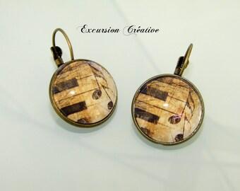 Stud Earrings 18 mm cabochons music Vintage - Retro bronze materials