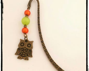 """Bookmark bronze """"the OWL adorned with green and orange"""""""